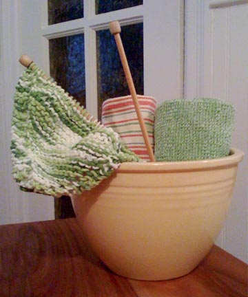 Knit-dishcloth-in-progress