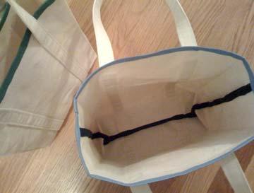 Canvas-brown-bag-inside